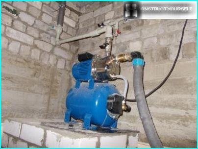 Anschluss der Pumpstation an den Brunnen
