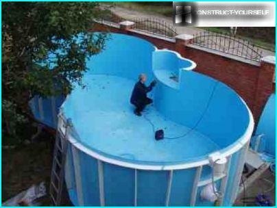 Muovinen uima-altaan kulho
