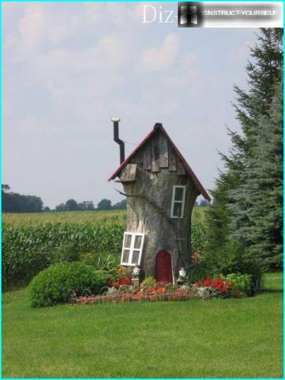 Māja no vecā celma