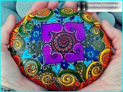 Sten med ornament