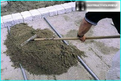 The distribution of the cement mixture