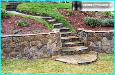 Оформлення терас садовими сходами