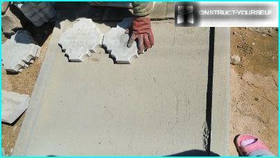 Laying tile