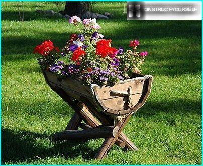 Ungewöhnliche Blumentöpfe, um sich selbst zu geben