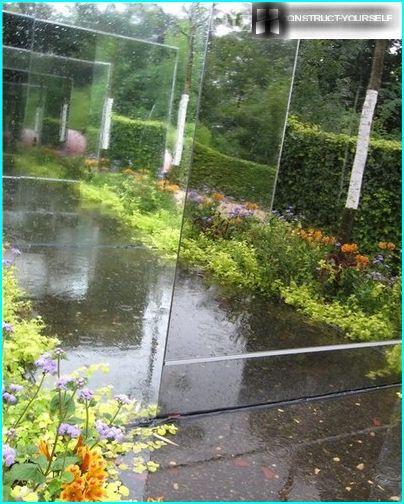 L'illusion d'une perspective sans fin dans le jardin